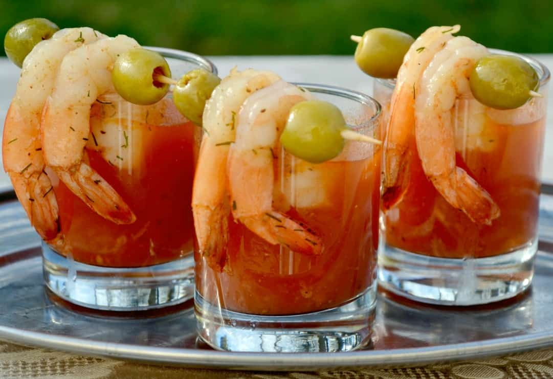 how to eat shrimp cocktail