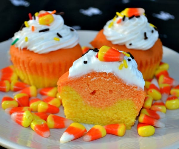 Candy corn cupcakes mccormick spooky squad giveaway Halloween cupcakes