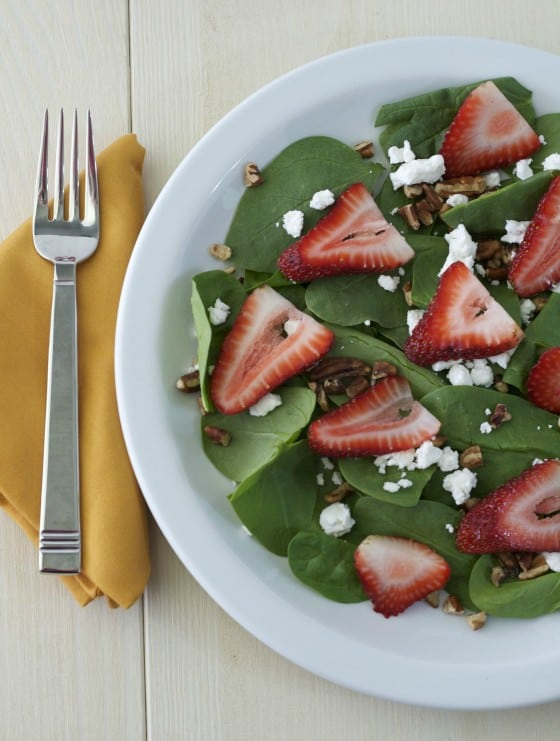 Strawberry-Spinach-Salad-1-560x741