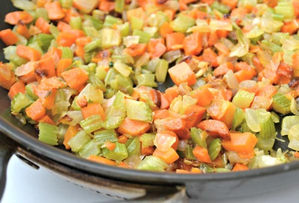 close up mirepoix
