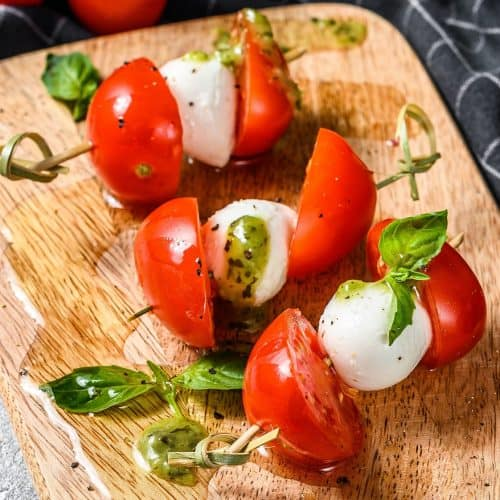 Pesto Caprese Tomato Bites