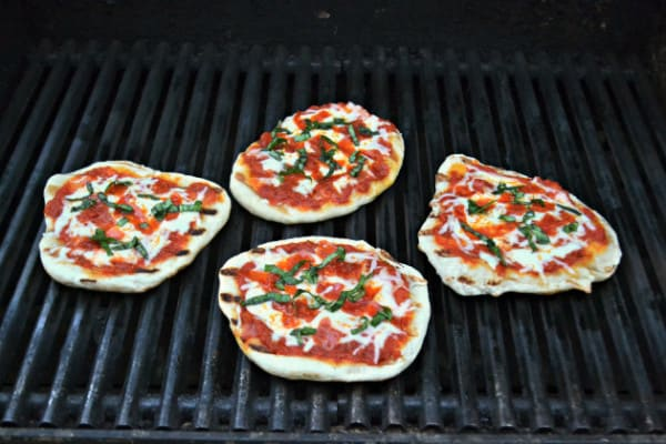 grilled-pizza-picture
