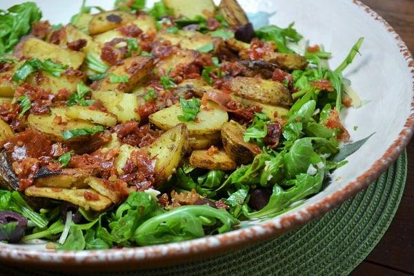 Potato and arugula salad