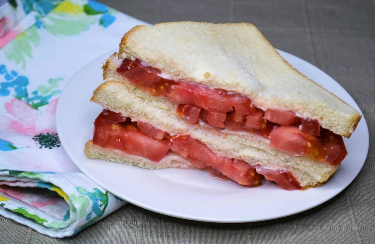 NJ tomato sandwich