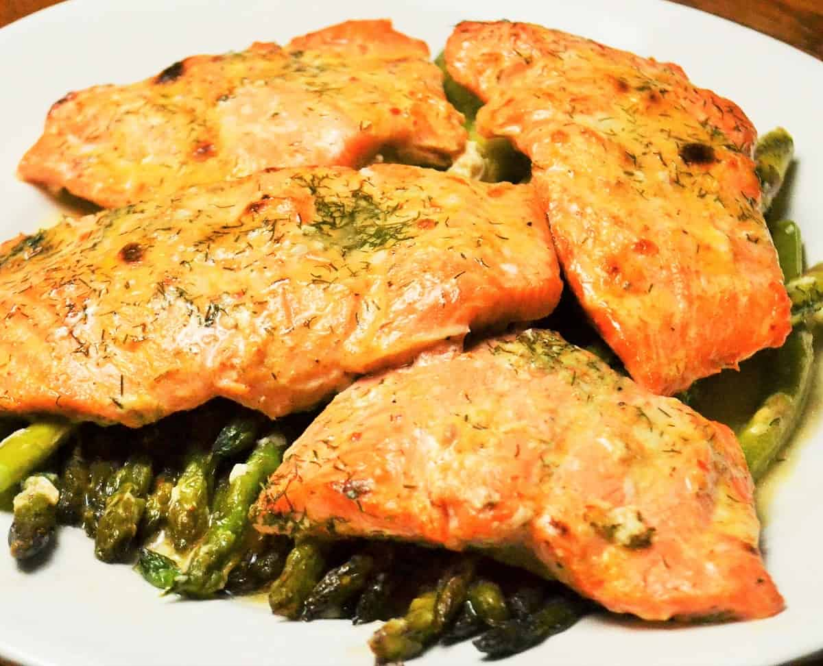 Spicy ranch salmon with asparagus