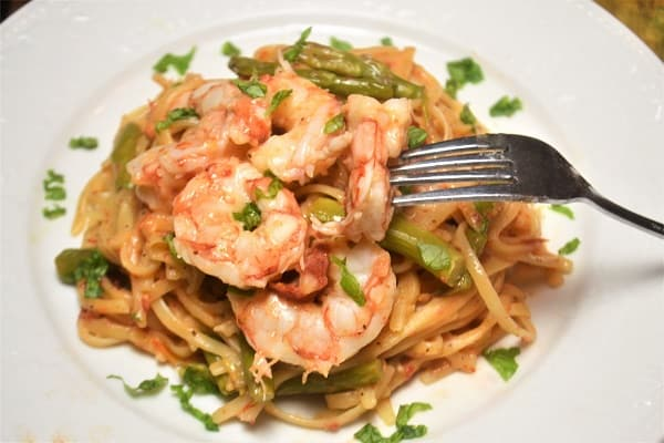 Shrimp Linguini with Asparagus