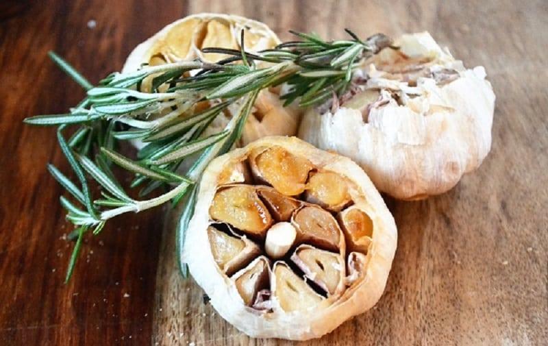 Roasted garlic on a board